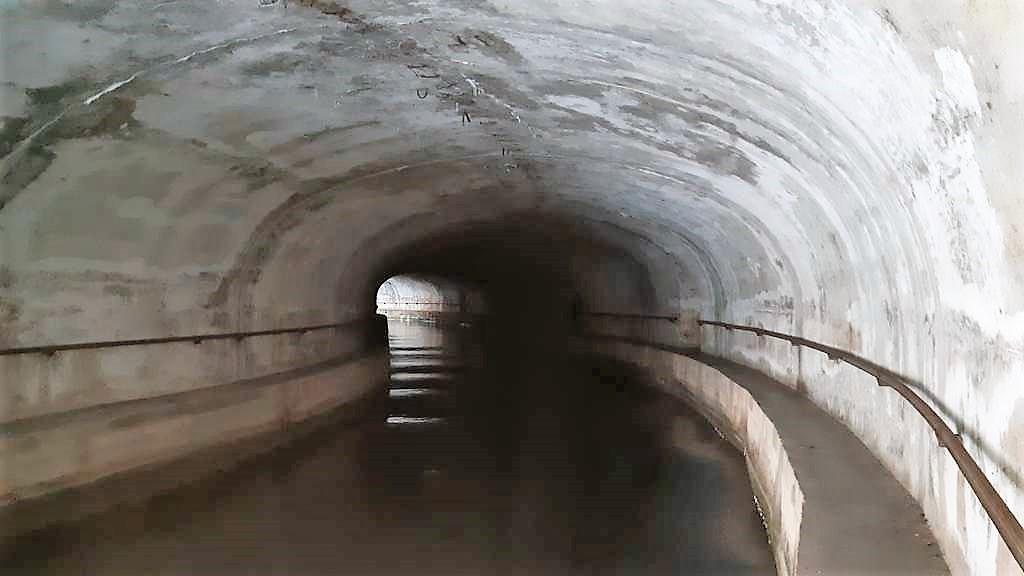 Kroatië | Doen in Šibenik: wandelen langs het kanaal van Sveti Ante - zeetunnel