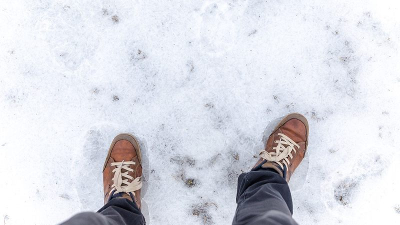 warme voeten in de sneeuw - foto pixaby