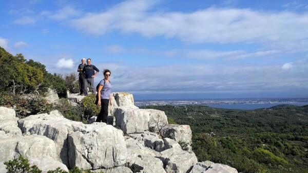 Wandelen op het eiland Ugljan
