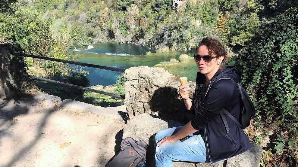 Krka watervallen - Kroatië - wandelvrouw