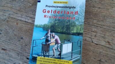 cover provinciewandelgids Gelderland rivierenland