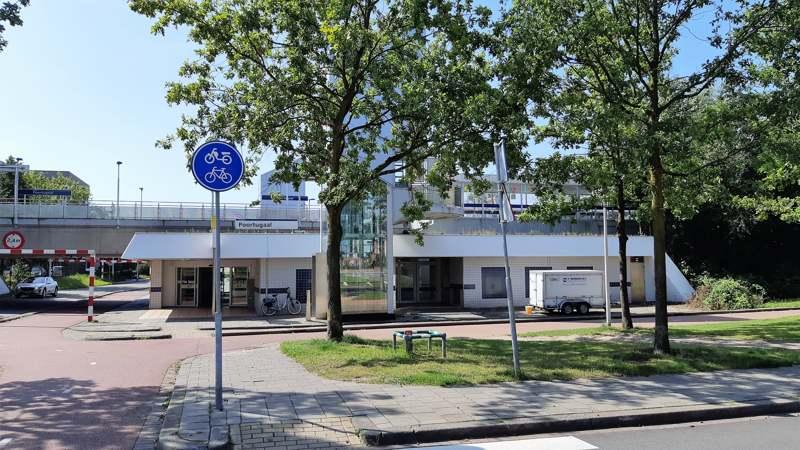 Metrostation Poortugaal - Kastelenroute Rhoon en Valckesteyn