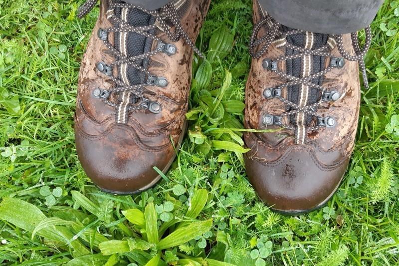 Hoe maak ik mijn wandelschoenen waterdicht